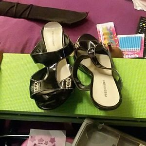 Dress heels black and silver size 11w